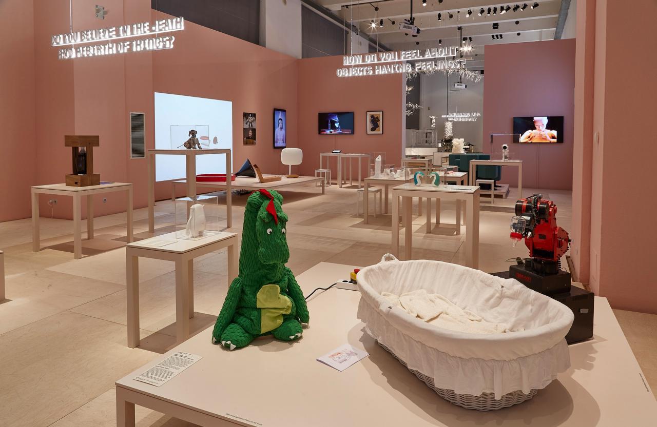 """""""Hello, Robot"""", Ausstellungsansicht ©Peter Kranz/MAK"""