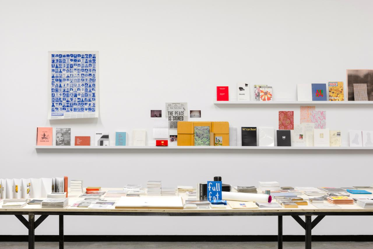 """Publishing as an Artistic Toolbox: 1989–2017, AusstellungsansichtKunsthalle Wien 2017 Foto: Stephan Wyckoff"