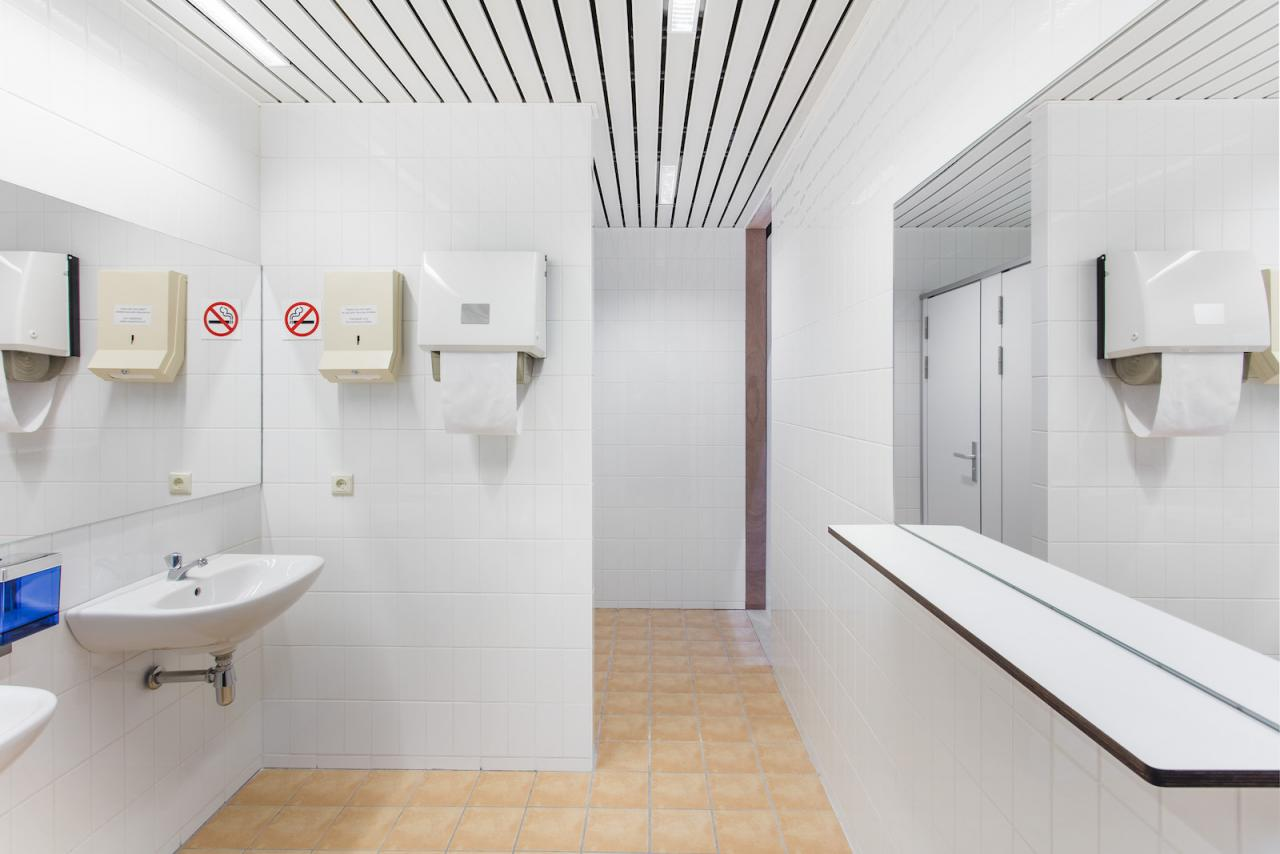 Superflex Power Toilets/Council of the European Union (2018) Power Toilets / Council of the European Union is designed in close collaboration with NEZU AYMO architects;Courtesy of the artist