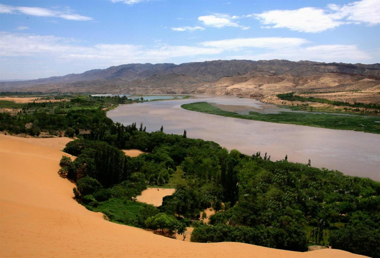 View of Shapotou desert southeast of Yinchuan