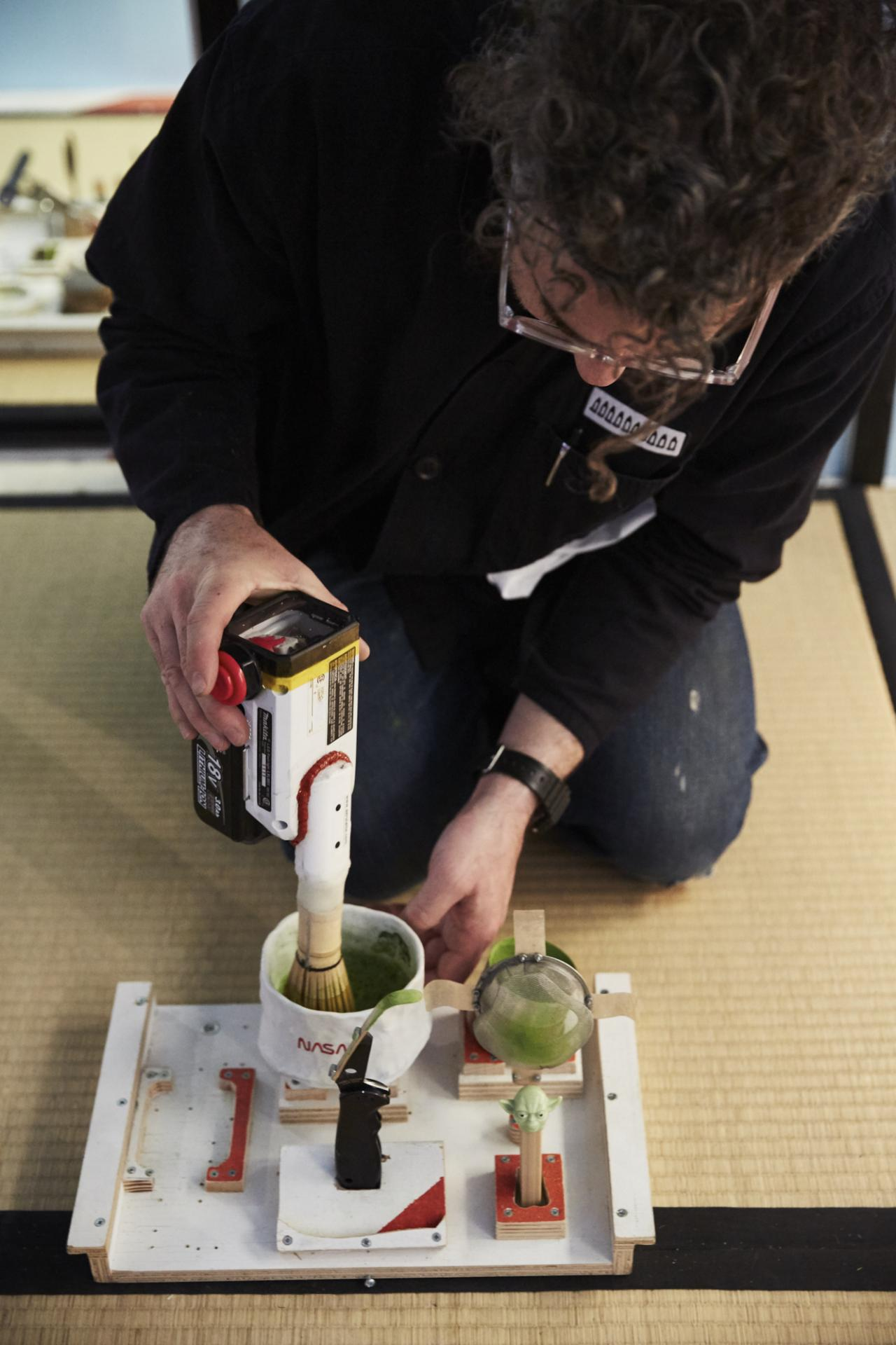 """Tom Sachs performance as part of the exhbition """"Tea ceremony"""" (2017) at Nasher Sculpture Center Photo: Kevin Todora"""