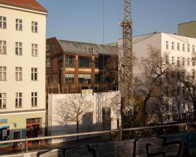 Philippe Gerlach, Callie's as seen from the Wedding S-Bahn station, 2020