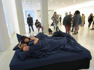 Annie Sprinkle and Beth Stephens, Cuddling Athens , 2017 Performance view, National Museum of Contemporary Art, Athens  Photo: Annie Sprinkle and Beth Stephens