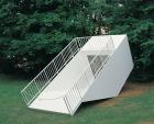Martin Kippenberger, METRO-Net Skulptur: Transportabler U-Bahn-Eingang (1997)